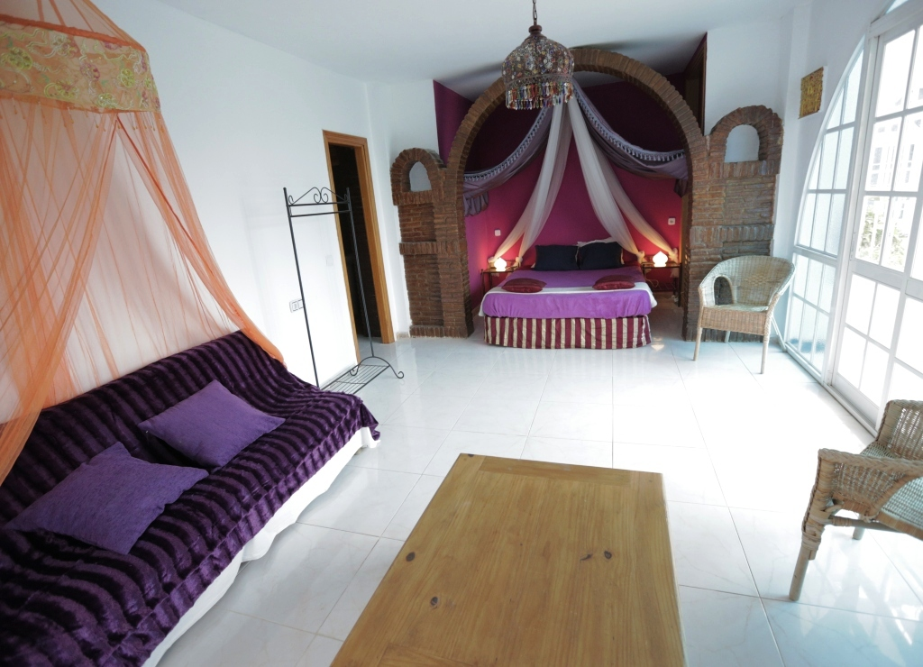 Naturist guest house in Spain: the Arabian Nights Room