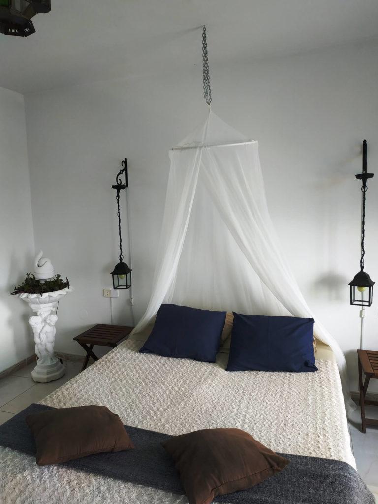 Chambre Andalouse lit avec moustiquaire