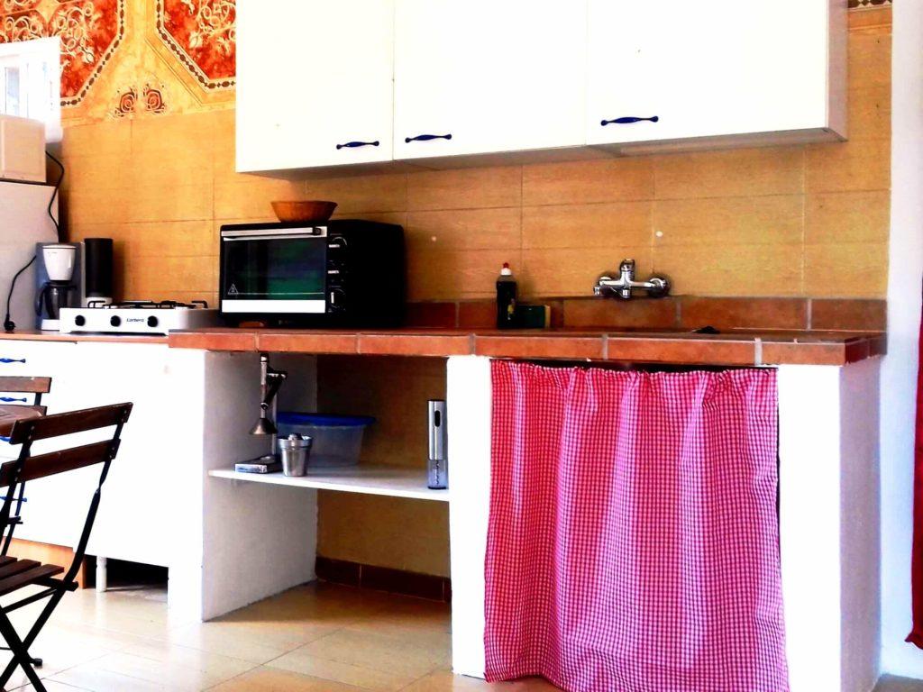 Casita gîte séjour côté cuisine